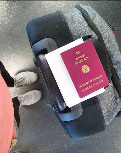 Suitcase Passport malindkate