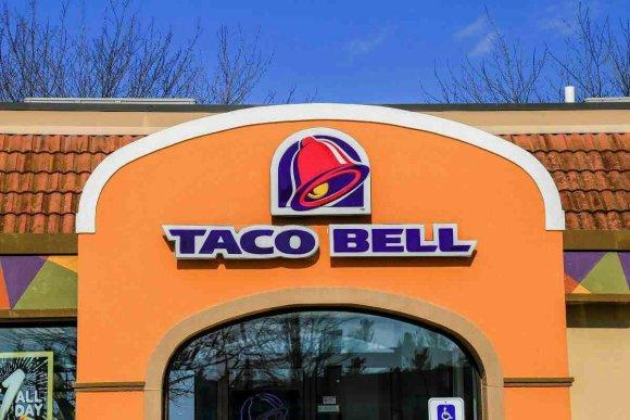 Façade d'un restaurant Taco bell