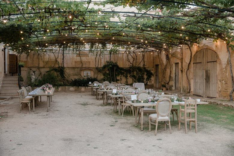 simply-perfect-boho-chic-inspired-beach-wedding-in-majorca-mallorca-boutique-weddings-2018-53