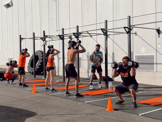 Outdoors training. Pictures: FreeMove CrossFit.