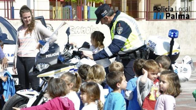 250417 policia local palma mona de pascua