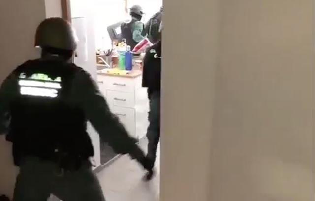 Los efectivos de la Benemérita cogieron in fraganti a los 4 miembros de la banda (Foto: Guardia Civil)