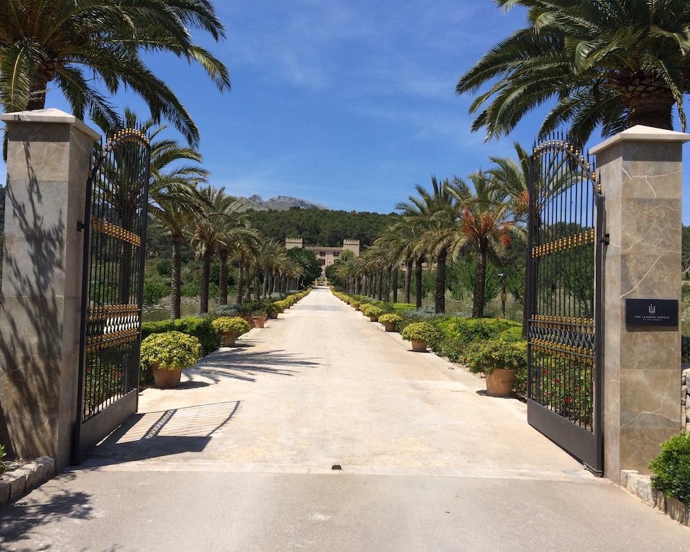 Mallorca Hotels & Travel - Cover