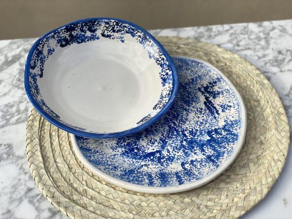 platos-motas-azul