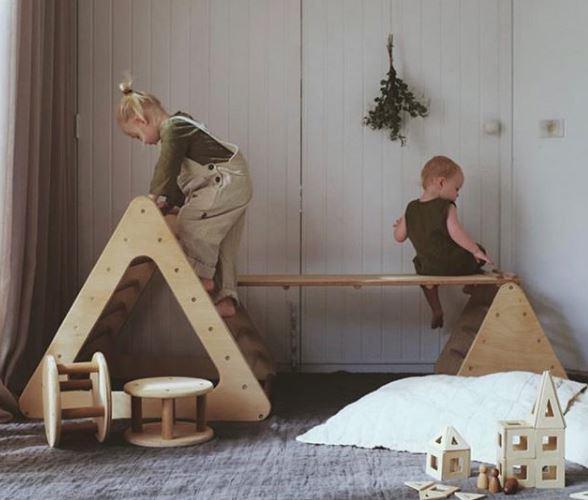 Pickler, movimiento libre, decoracion infantil, triangulo pickler, maternidad cosciente, montessori