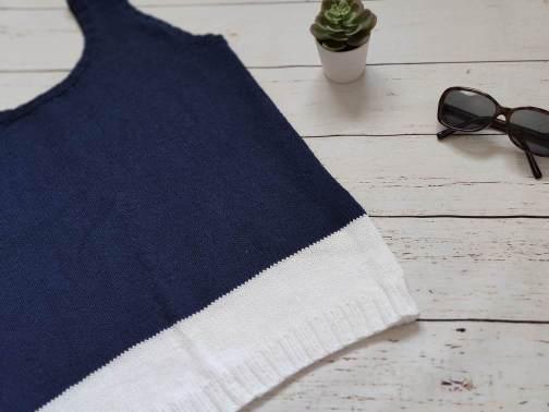 brodiae , un débardeur bicolore au tricot