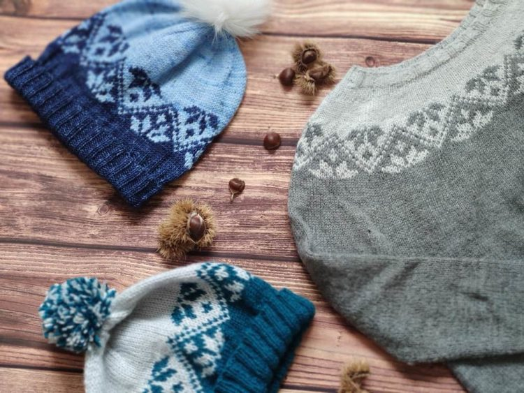 Ixia - pull et bonnet tricoté en jacquard