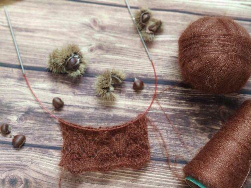 Tricoter de la dentelle avec des aiguilles circulaires