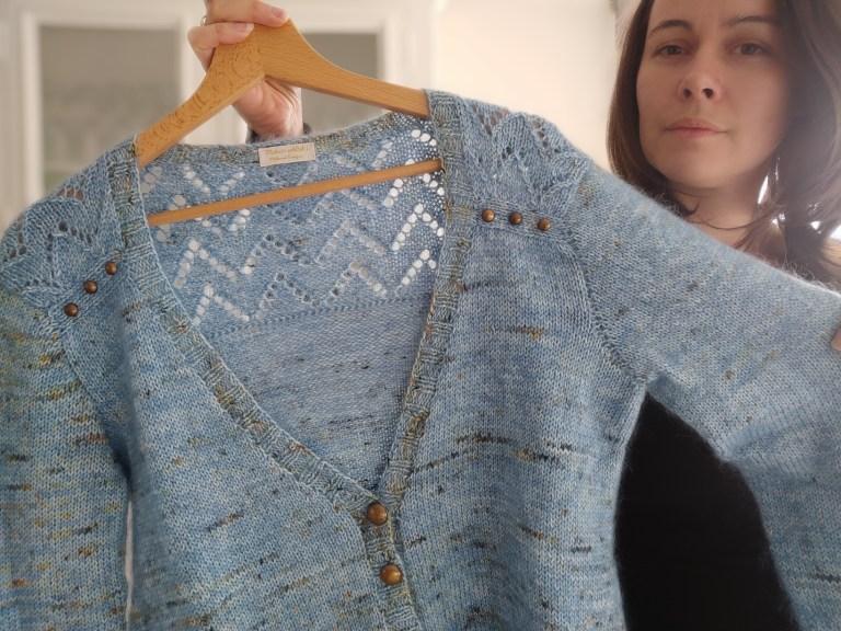 Achillée Cardigan - Gilet au tricot pour femme- dentelle - Maloraé Designs