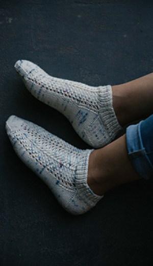 flores socks - Joji Locatelli - tricot printemps - Maloraé Designs
