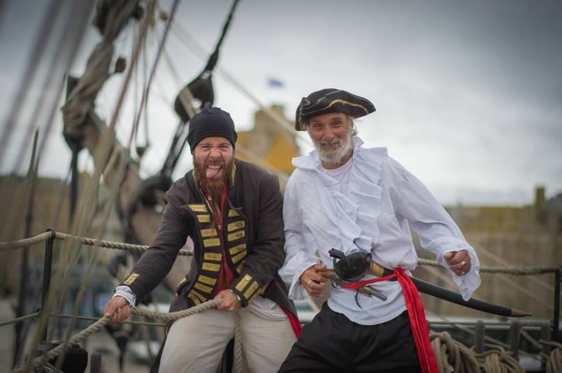 Titouan le corsaire et Paul le pirate