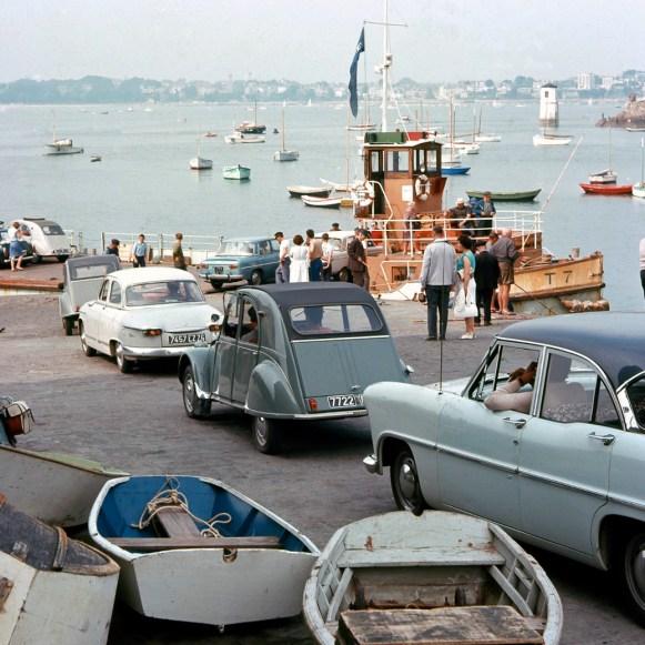 En voiture Simone! 1964 toujours, à Solidor. Archives municipales
