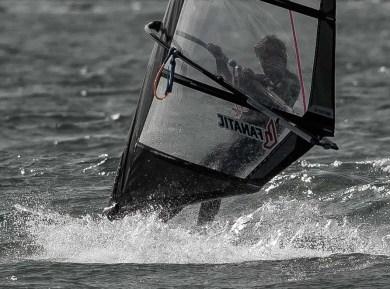Illustration Windsurfeur professionel William Huppert La glisse Windsurf Skate Coupe du monde Saint Malo Championnat de Bretagne Championnat de France