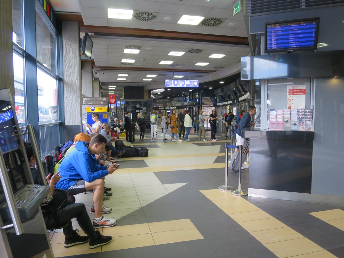 クラクフ、バスターミナルのインフォメーション