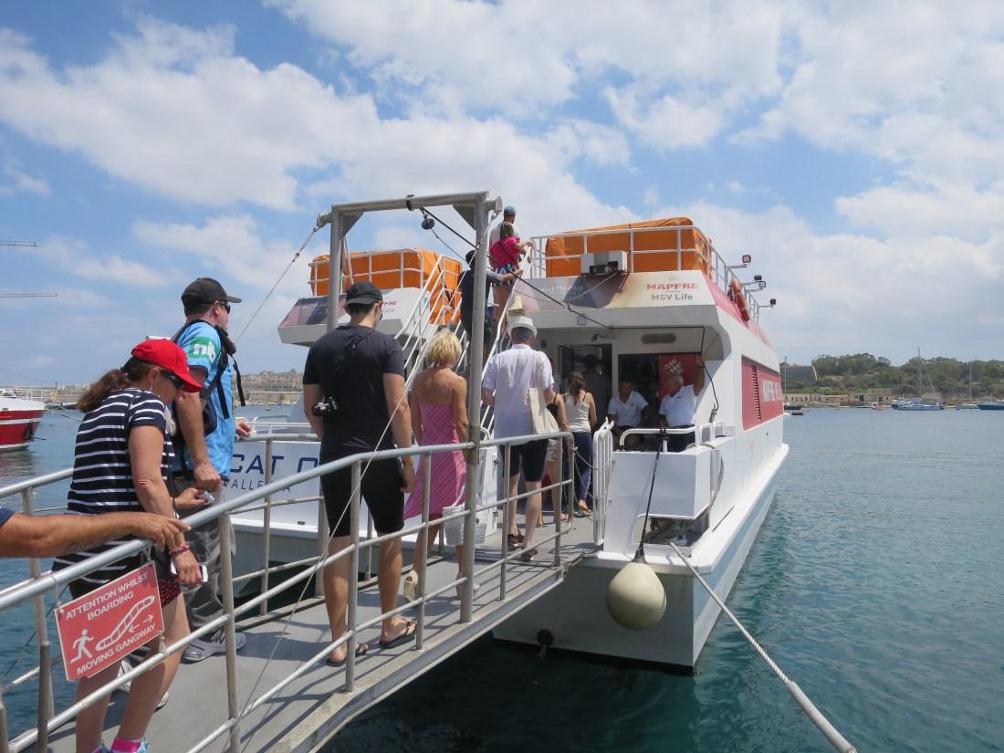 マルタのフェリー(スリーマの船着き場)