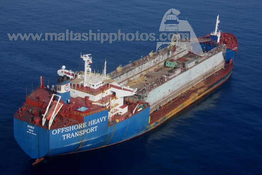 Arrival of Floating Dock NAZLAB – 10 05 2014 – Malta Movements