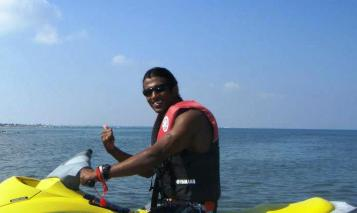 Gallery Sri Lanka Water Sports Malu Banna Bentota Beach