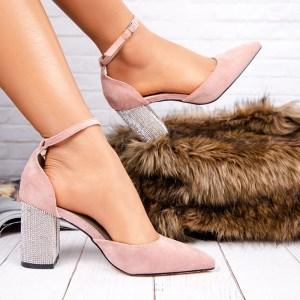 Sapato Salto de Cristal