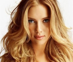 Scarlett-Johansson-Loiro-Mel