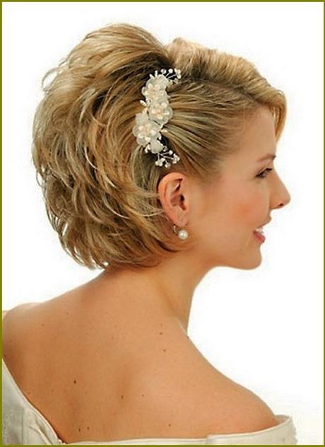 Brautfrisur kurze haare schleier
