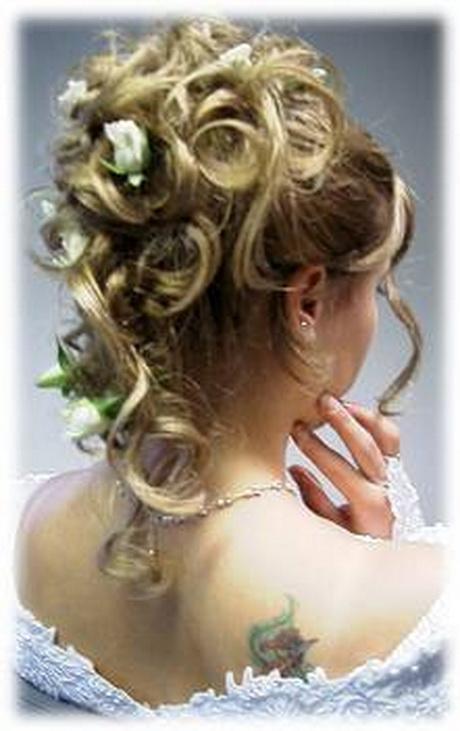 Brautfrisuren halb hochgesteckt