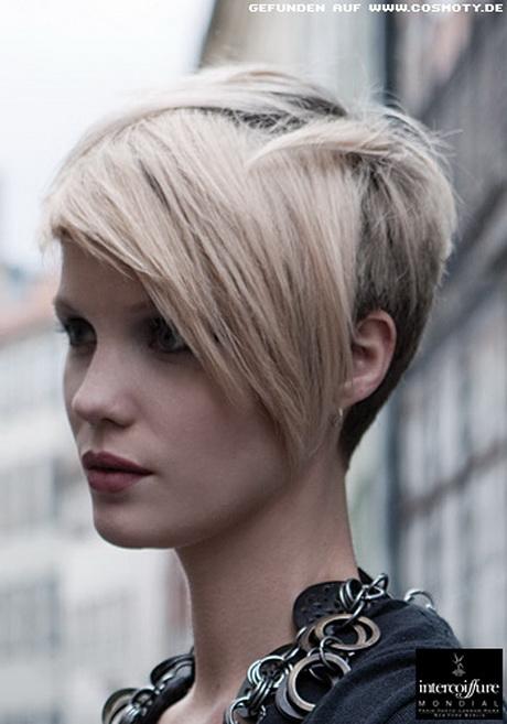 Frisuren asymmetrisch kurz