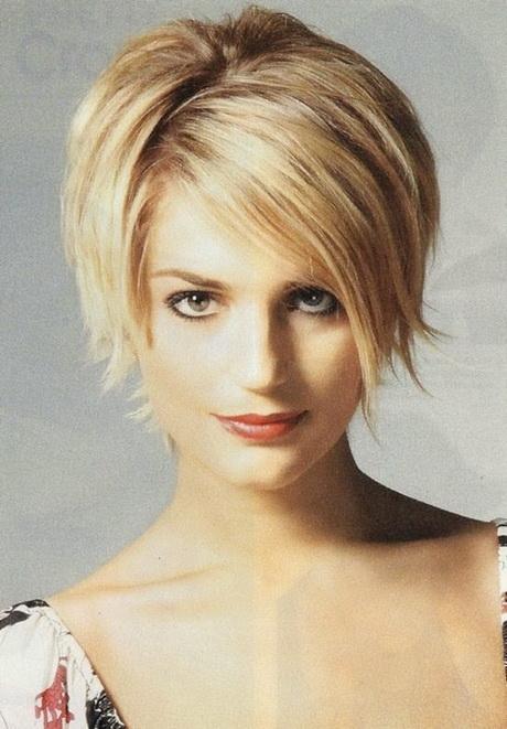 Medium blonde to pink ombre; Frisuren hinten kurz vorne lang