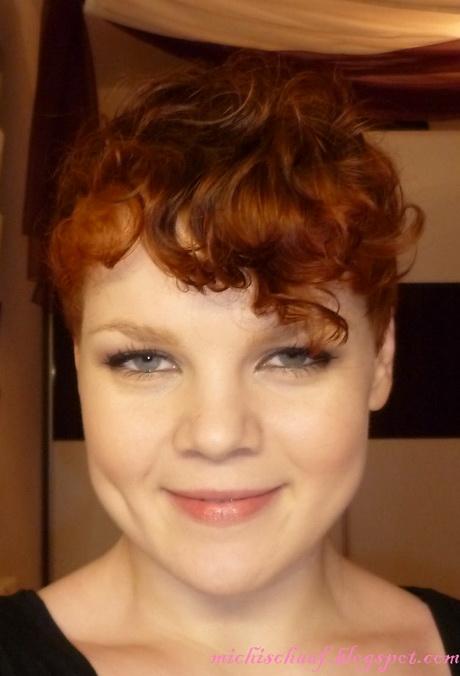Frauen Frisur Undercut