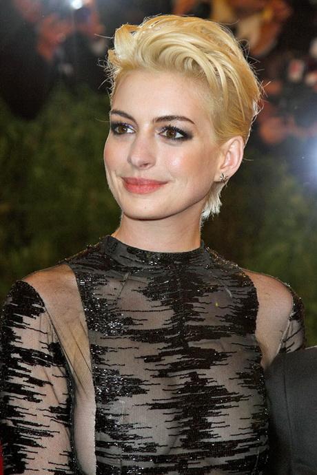 Schauspielerinnen mit kurzen haaren
