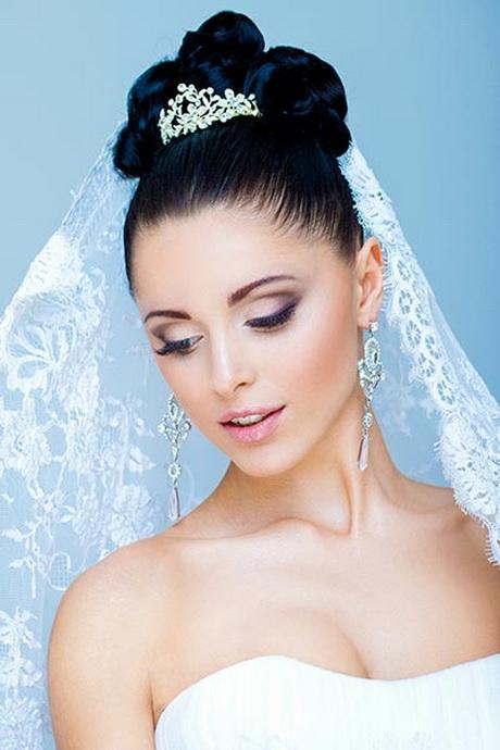 Brautfrisuren mit diadem