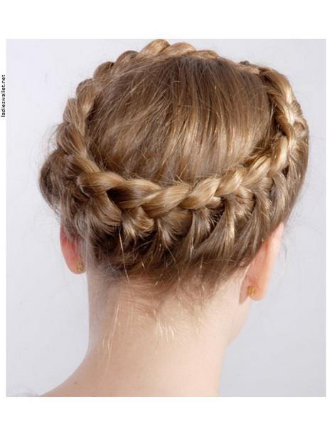 Hochsteckfrisuren halblange haare