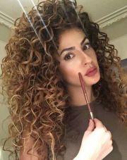 haarfarben lockige haare