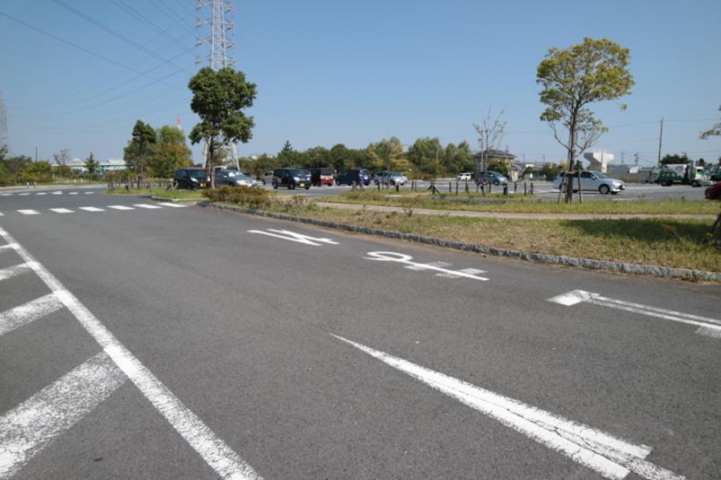 名古屋市の戸田川緑地第4駐車場