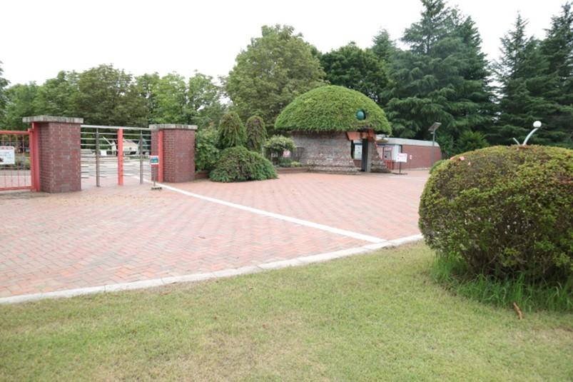 栃木県壬生町とちぎわんぱく公園正門