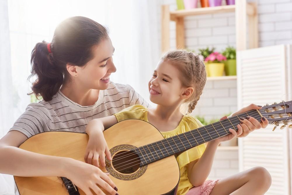 jak wprowadzić dziecko w świat muzyki
