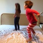 Selbstbestimmtes Einschlafen oder nicht – wie das Abends mit unseren Kindern so läuft