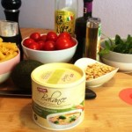 Schnelle Küche: Pasta mit Cherrytomaten, Avocado, Rucola, Pinienkernen und Gefro Balance