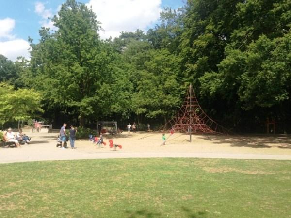 Niederheider Wäldchen Spielplatz