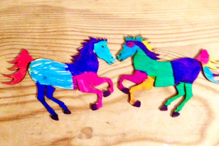 Kindergeburtstag - Pferde anmalen - Familienblog Mama notes