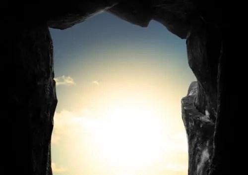 トンネルの先に光見えた