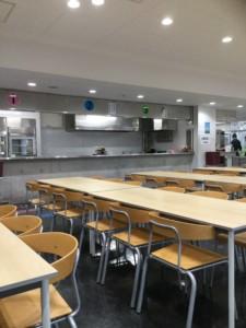 仁川学院食堂中