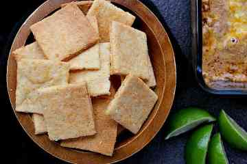 Get your crunch on with these Low Carb Cheese Crackers! Crispy and salty, these keto snacks are super sturdy, perfect for all your dipping needs!