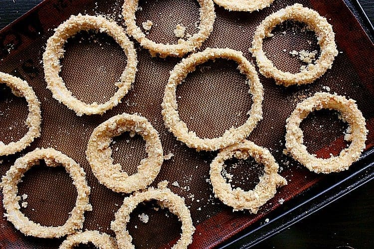 onion rings ready for the oven.