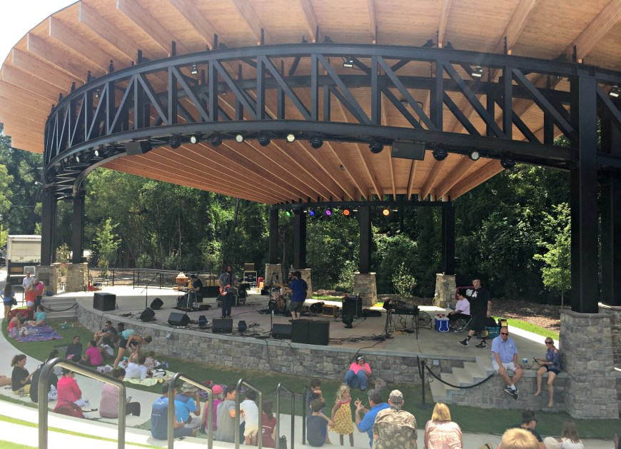 Eclipse amphitheater