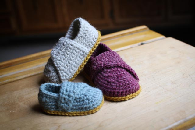LITTLE WRAP BOOTIES