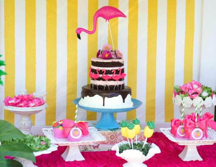 Decoraç u00e3o de flamingo para festa de aniversário Mam u00e3e& Cia