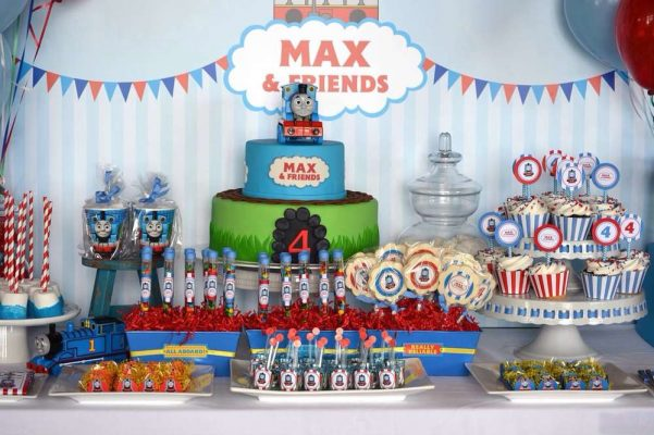 decoração festa infantil thomas and friends