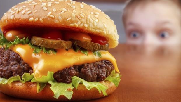 obesidade infantil e má alimentação