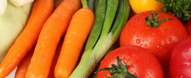 Como preparar legumes e saladas para as crianças
