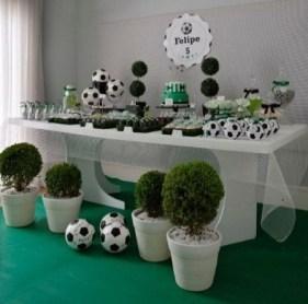A bola de futebol dá um toque especial à decoração
